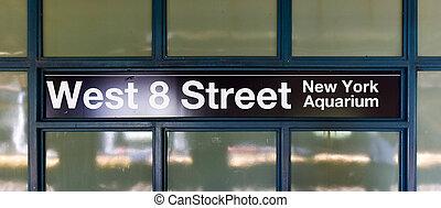 oeste, brooklyn, -, ny, calle, estación de subterráneo, 8
