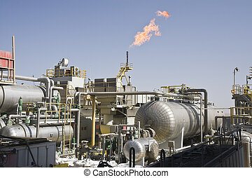 Offshore oil production installation - Lateral view of an...
