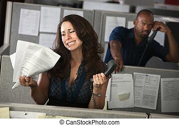 oficina, mujer, infeliz, trabajador