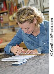 oficina, mulher, dela, trabalhando, carpinteiro