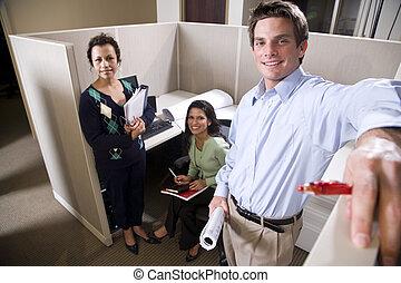 oficinistas, reunión, en, un, cubículo