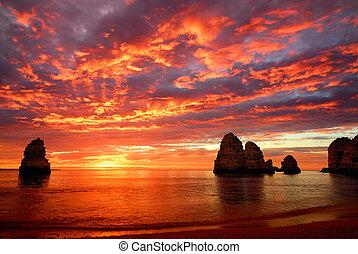 ohromující, nad, východ slunce, oceán