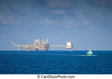 Oil and gas platform in the gulf or the sea, Offshore oil ...