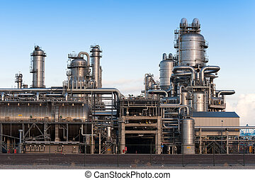 Oil refinery at the Maasvlakte in Holland