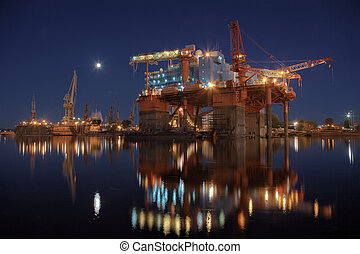 Oil rig in the yards - Repair of the oil rig in the shipyard...
