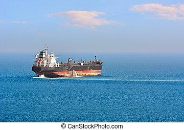 Oil/Chemical Tanker