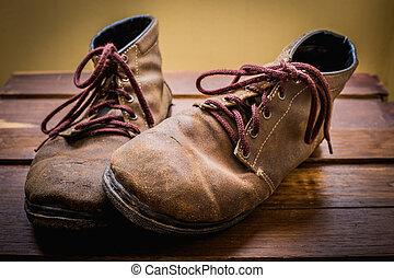 ojämn, skor, ännu, lätt