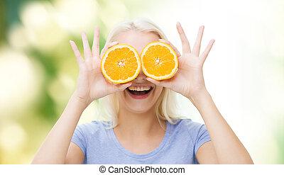 ojos, mujer, cubierta, diversión, naranja, teniendo, feliz