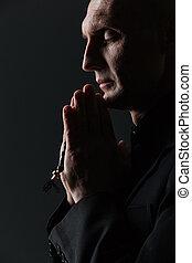 ojos, rosario, cerrado, tenencia, rezando, hombre
