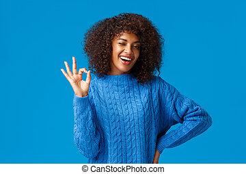 ok., μετρώ , θετικός , μπλε , απαντώ , afro , εγκρίνω , χειρονομία , κούρεμα , εμένα , χαμογελαστά , τα πάντα , φόντο , όλα , καλώς , καμμύω , φιλενάδα , κάτω από , θετικός , african-american , ιλαρός , εκδήλωση , διακόπτης , έχω