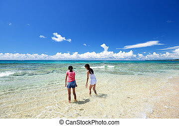 okin, 浜, 遊び, 家族