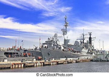 okręt admiralski, wojskowy okrętują, gulf.