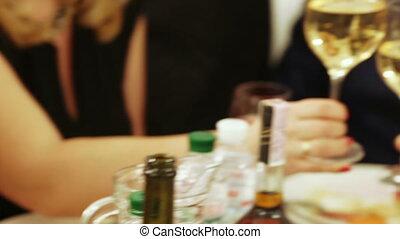 okulary szampana, w, ręka