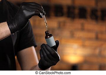 olaj, palack, shop., szakáll, hely, pohár, alapvető, másol, kéz, borbély, oil., fekete, pár kesztyű, birtok, csöpögő, ember