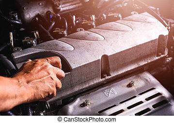 olaj, szolgáltatás, autó, kéz, szerelő, technikus, nyílik, fedő, gép