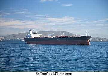 olaj tartálykocsi, csónakázik