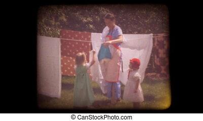 Old 8mm Kids Home Movie - 1950%u2018s home movie of kids...