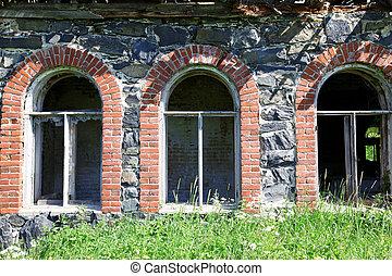 old abandoned house