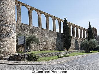 old aquaduct evora - Aqueduct in evora portugal, this is 500...