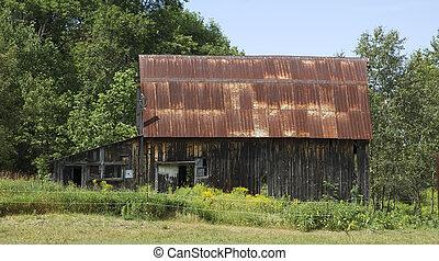 old barn in rural ontario