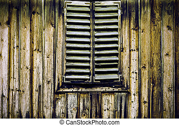 Old blackened wood - Traditional Austrian woode house in ...