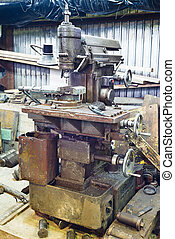 old boring lathe with vice