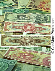 Old Brazilian money in paper of several ages