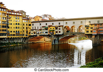 Old bridge (Ponte Vecchio) over Arno river, Florence, Italy
