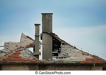 Old building with destroyed roof.