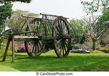 bullock cart - Old  bullock cart in park