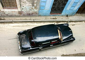 Old car in la havana - Old car in the narrow street of la ...
