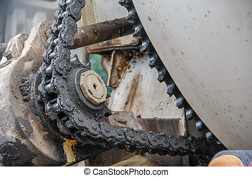 old chain with propel roller