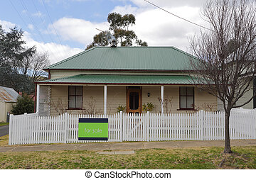 Old cottage house for sale