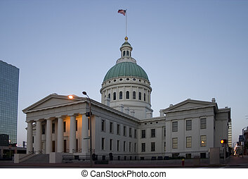 Old Courthouse in St Louis at sunrise