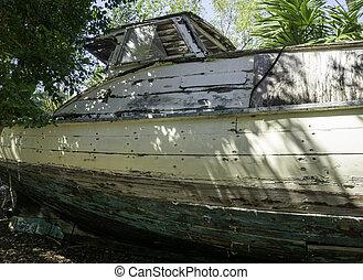Old cuban boat in Key West