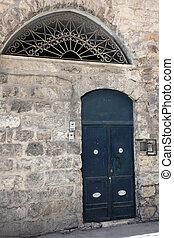old door in Jerusalem old city