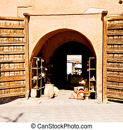 old door in morocco africa ancien and pottery - olddoor in...