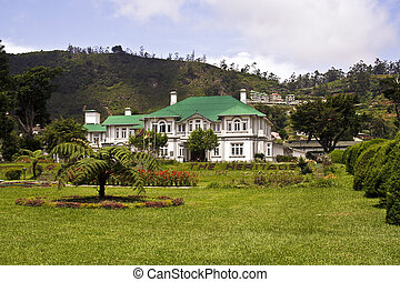 old english colonial style hotel in Nuwara Eliya