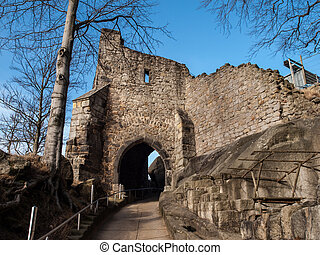Old entrance gate to the castle ruins