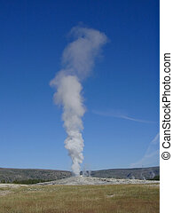 Old Faithful geyser in Yellowstone