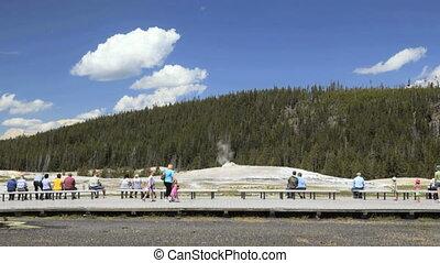 Old Faithful, Yellowstone National Park, Time Lapse