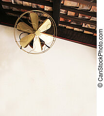 Old fashioned ceiling fan - Gold old fashioned ceiling fan -...