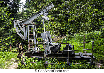 old-fashioned oil pump