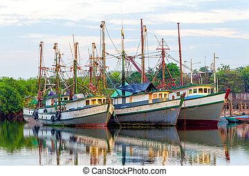 Old Fishing Boats - Harbor Scene In Sunset Light Puerto ...