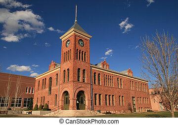 the old 1894 Flagstaff sandstone courthouse, Flagstaff, Arizona