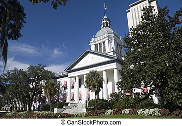 old florida capital building with new complex tower