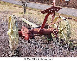 Old harvester 6003