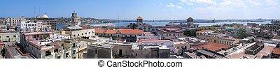 Old Havana panorama - Panoramic view of old Havana buildings...