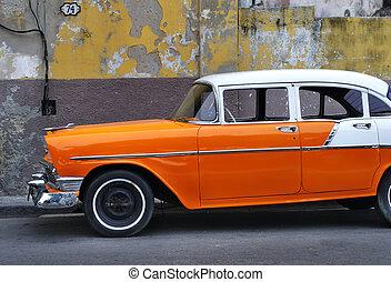 Old Havana vintage car - Detail of vintage classic american ...