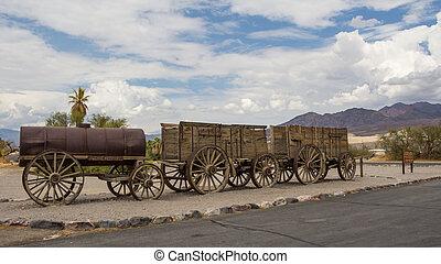 Old historic wagons USA